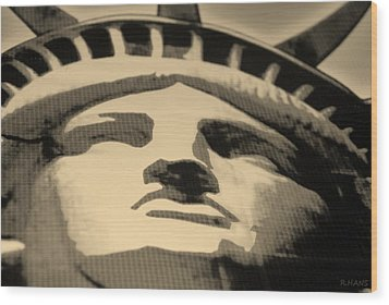 Statue Of Liberty In Sepia Wood Print by Rob Hans