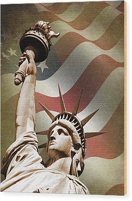 Statue Of Liberty Wood Print by Mark Rogan