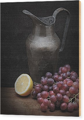 Still Life With Grapes Wood Print by Krasimir Tolev