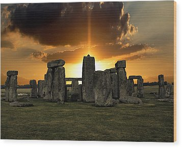 Stonehenge Wiltshire Uk Wood Print by Martin Newman