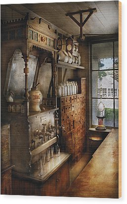 Store - Turn Of The Century Soda Fountain Wood Print by Mike Savad