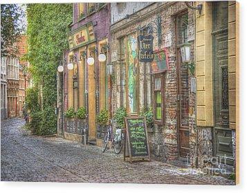 Street In Ghent Wood Print by Juli Scalzi