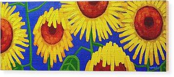 Sun Lovers Wood Print by John  Nolan