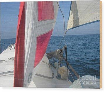 Sunpearl High Seas Wood Print by Rogerio Mariani