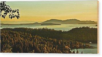 Sunrise Over Bellingham Bay Wood Print by Robert Bales