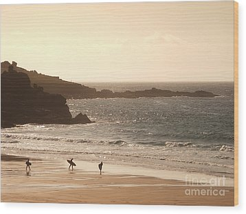 Surfers On Beach 03 Wood Print by Pixel Chimp