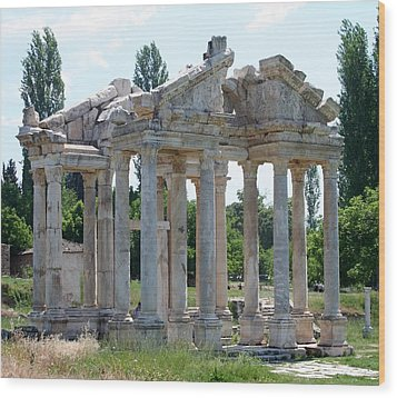 Tetrapylon The Arched Gate Of Aphrodisias Wood Print by Tracey Harrington-Simpson