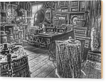 The Back Room Black And White Wood Print by Ken Smith