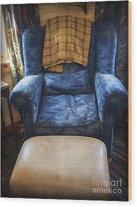 The Big Blue Chair - Oil Wood Print by Edward Fielding