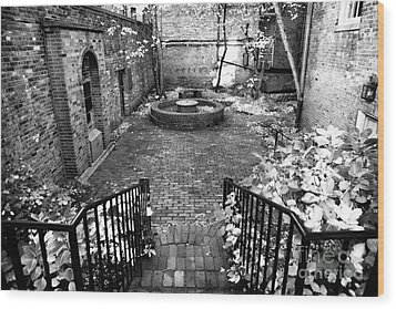 The Courtyard At The Old North Church Wood Print by John Rizzuto