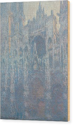 The Portal Of Rouen Cathedral In Morning Light Wood Print by Claude Monet