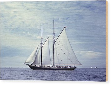 The Schooner Bluenose 2 Again Wood Print by George Cousins