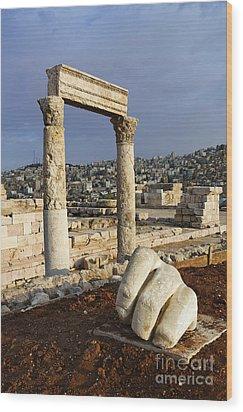 The Temple Of Hercules And Sculpture Of A Hand In The Citadel Amman Jordan Wood Print by Robert Preston