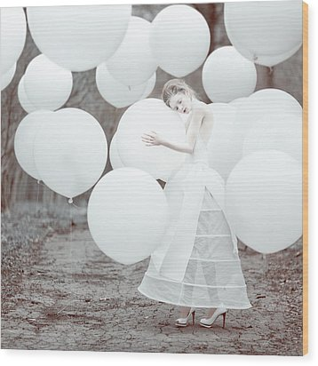 The White Dream Wood Print by Anka Zhuravleva