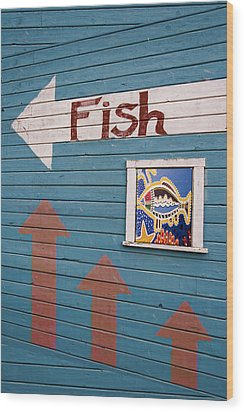 This Way To The Fish Wood Print by Carol Leigh