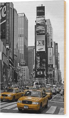 Times Square Nyc Wood Print by Melanie Viola