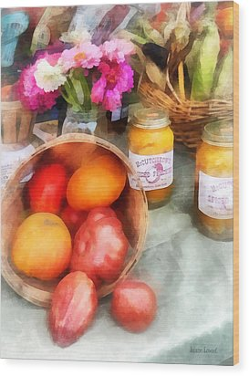 Tomatoes And Peaches Wood Print by Susan Savad