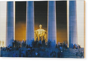 Tourists At Lincoln Memorial Wood Print by Panoramic Images