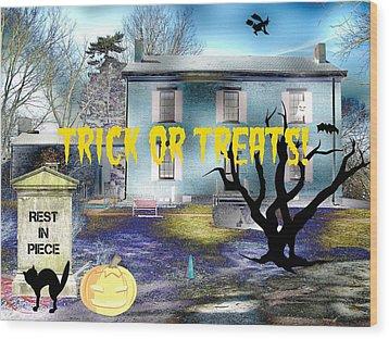 Trick Or Treats Haunted House Wood Print by Skyler Tipton