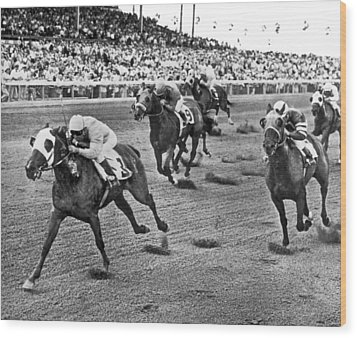 Tropical Park Horse Race Wood Print by Underwood Archives