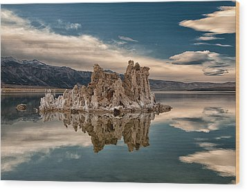 Tufa Reflections Wood Print by Cat Connor