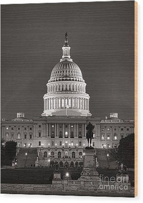 United States Capitol At Night Wood Print by Olivier Le Queinec
