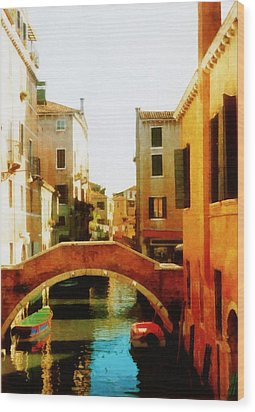 Venice Italy Canal With Boats And Laundry Wood Print by Michelle Calkins