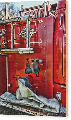 Vintage Fire Truck Wood Print by Paul Ward