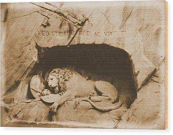Vintage Lion Of Lucerne Wood Print by Dan Sproul