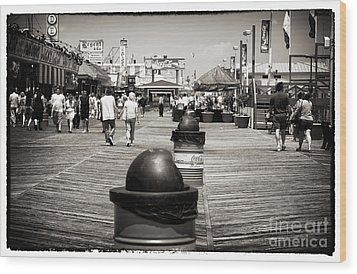 Walking The Boardwalk Wood Print by John Rizzuto