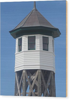 Wash Woods Coast Guard Tower Wood Print by Cathy Lindsey
