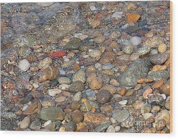 Wave Over Beautiful Rocks Wood Print by Carol Groenen