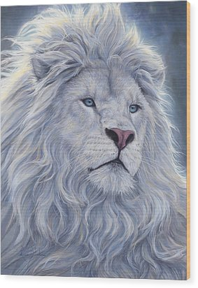 White Lion Wood Print by Lucie Bilodeau