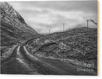 Winding Road In Glen Etive Wood Print by John Farnan