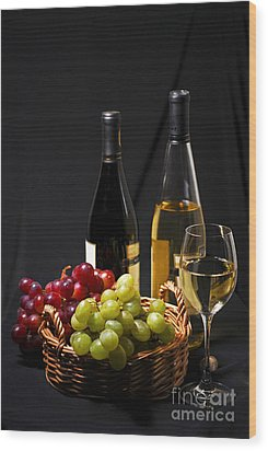 Wine And Grapes Wood Print by Elena Elisseeva