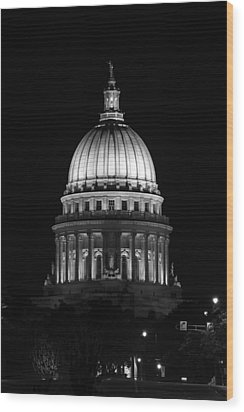Wisconsin State Capitol Building At Night Black And White Wood Print by Sebastian Musial