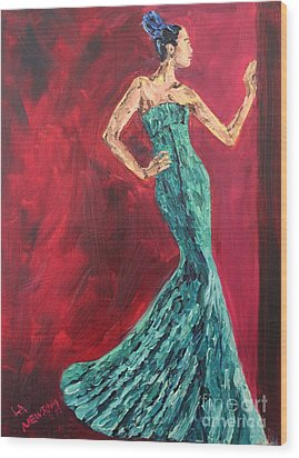 Woman In The Green Gown Wood Print by Lee Ann Newsom