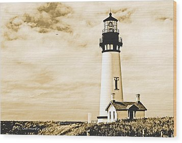 Wood Print featuring the photograph Yaquina Lighthouse Oregon by A Gurmankin