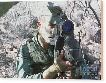 An Army Ranger Sets Up An Anpaq-1 Laser Wood Print by Stocktrek Images