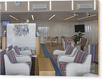 Business Lounge At An Airport Wood Print by Jaak Nilson
