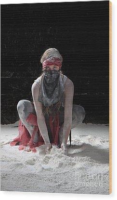 Dancing In Flour Series Wood Print by Cindy Singleton