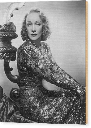 Marlene Dietrich Wood Print by Everett