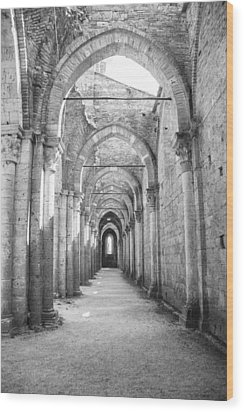 San Galgano Abbey Wood Print by Ralf Kaiser