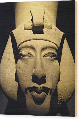 Statue Of Pharaoh Akhenaten, Also Known Wood Print by Richard Nowitz