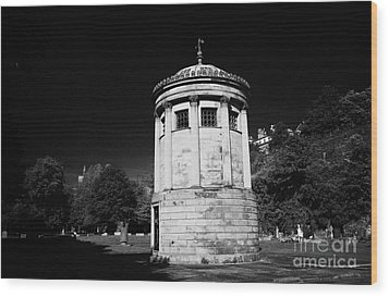 William Huskisson Memorial In St James Cemetery Liverpool Merseyside England Uk  Wood Print by Joe Fox