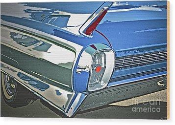 1962 Cadillac El Dorado Wood Print by Gwyn Newcombe