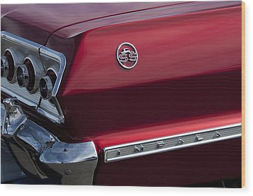 1963 Chevrolet Impala Ss Taillight Wood Print by Jill Reger