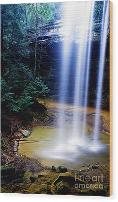 Ash Cave Waterfall Wood Print by Thomas R Fletcher