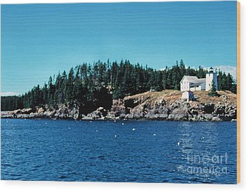 Swans Island Lighthouse Wood Print by Thomas R Fletcher