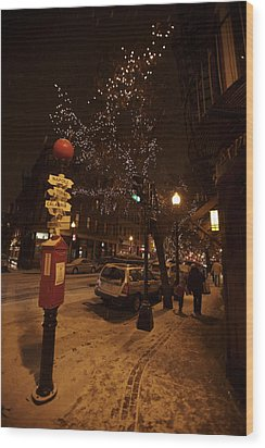A Winter Evening In Bostons North End Wood Print by Tim Laman
